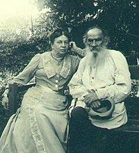 تولستوی به همراه همسرش سوفیا