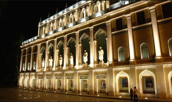 موزه ادبیات آذربایجان