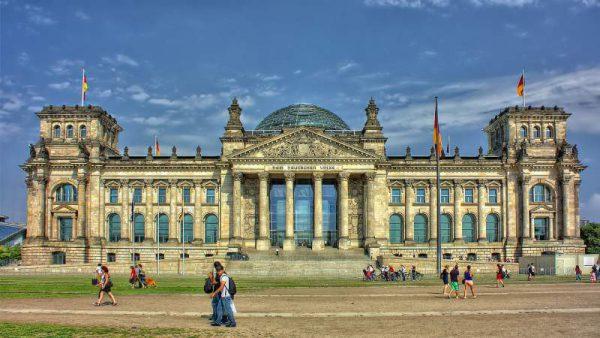 آموزش زبان آلمانی برای دانشجویان بورسیه